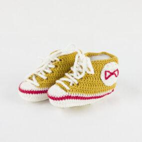 Scarpine neonato porta fortuna BABY STAR NivesCoseBelle ocra - senape